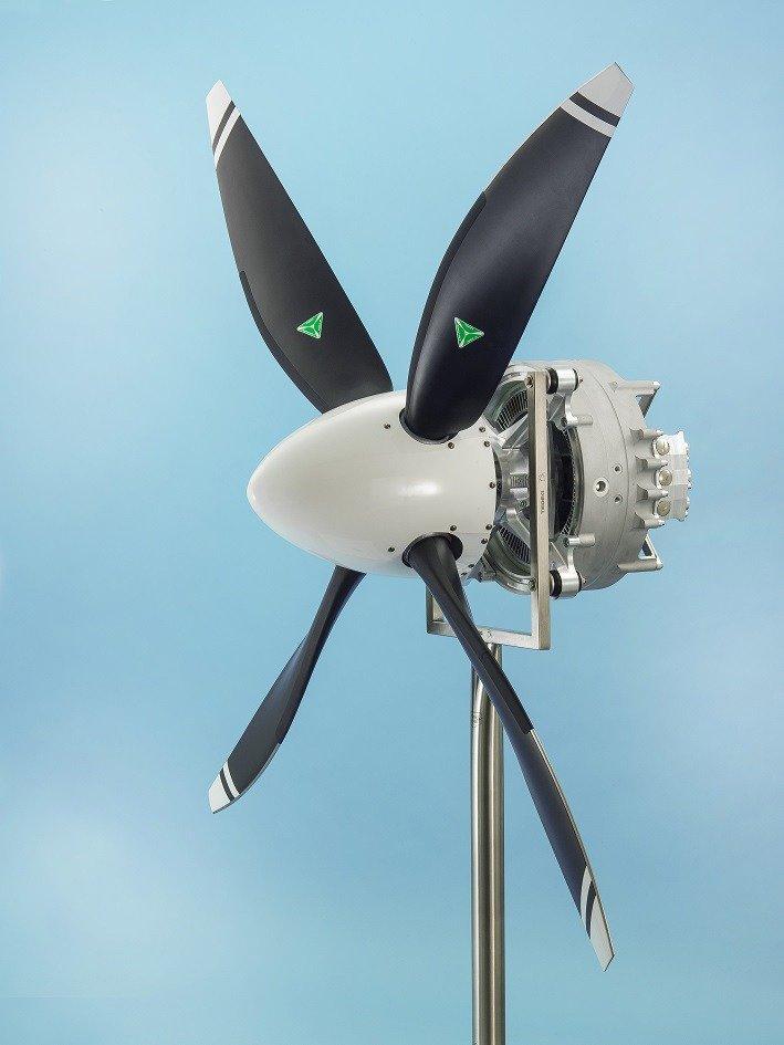 """""""Siemens"""" kuria rekordinės galios elektrinį variklį lėktuvams"""
