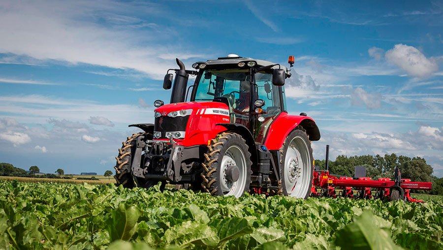 mf-6718-s_traktorius_1